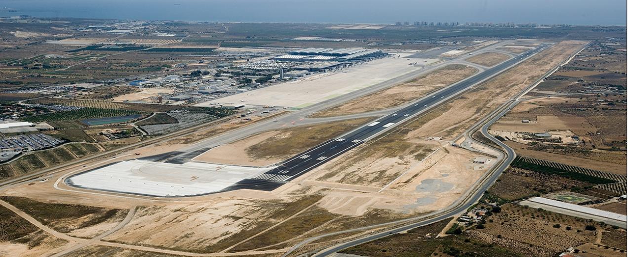 Eurofinsa construyendo futuro-Aeropuerto de Alicante, zona de espera aeronaves.E