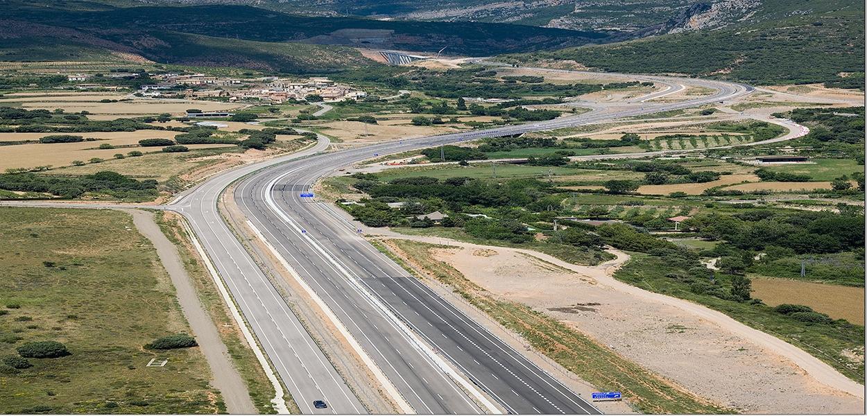 Eurofinsa construyendo futuro. Tramo de carretera  Nueno-Congosto (túnel).Autoví